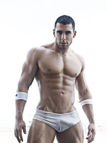 Tom_Duer_Sexy_Músculos_91-376x500