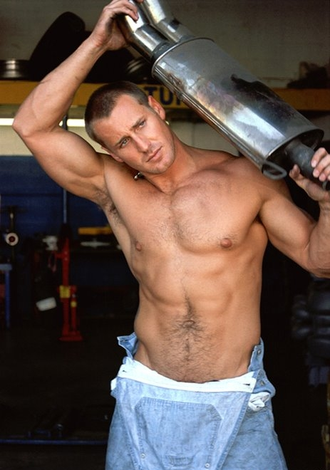 Muscle-Daddy-and-Hairy-Muscular-Men-8-005
