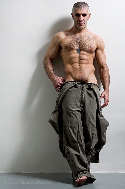 Farhad-Hot-Hairy-Muscle-Man-with-Facial-Hair-002