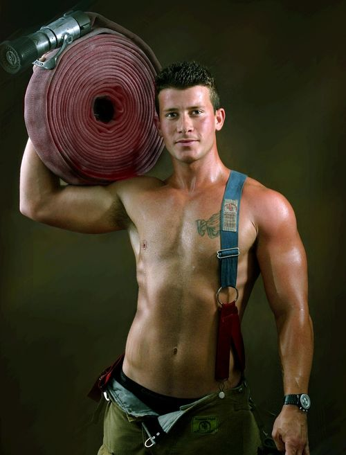 Firefighters-Calendar-Guys-Gallery-8-001