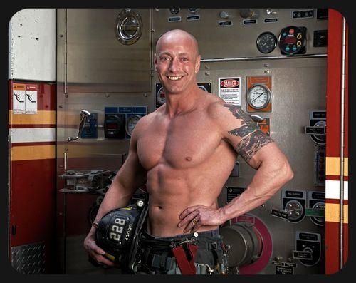 NY-Firefighter-Hunks-Calendar-06
