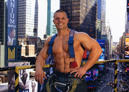 00-2010-FDNY-Firefighters-Calendar-Guys-00T