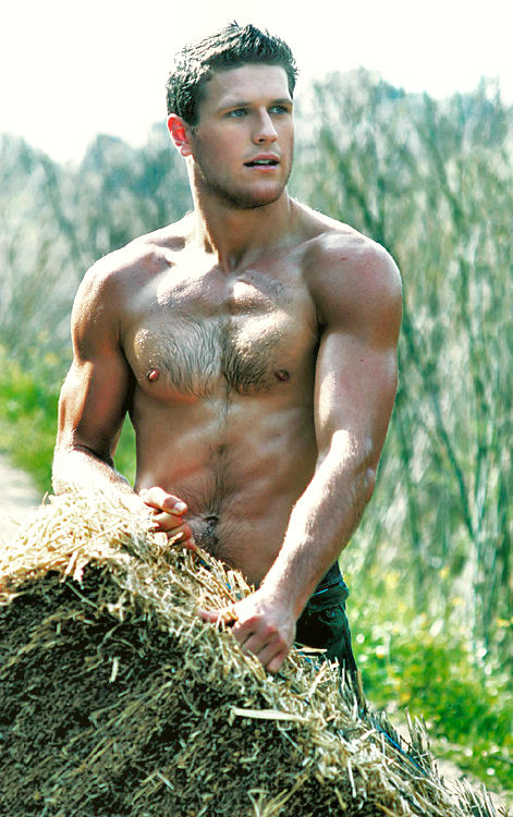 Muscle-Daddy-and-Hairy-Muscular-Men-8-008
