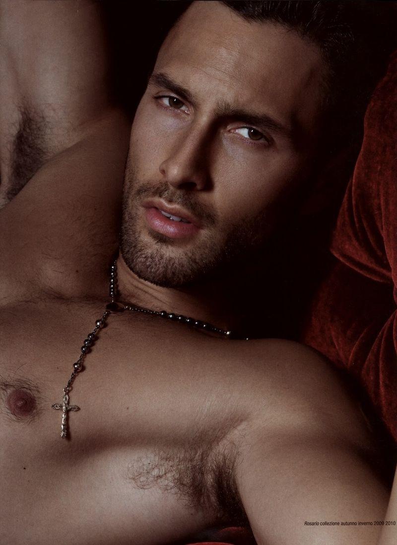 Noah-Mills-Hot-Fashion-Male-Model-001