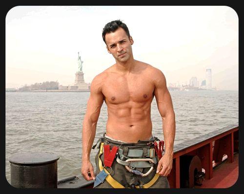 NY-Firefighter-Hunks-Calendar-08