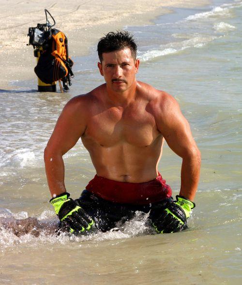 Firefighters-Calendar-Guys-Gallery-8-003